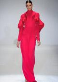"""Модни тенденции Пролет-Лято 2013: """"В"""" като волани"""
