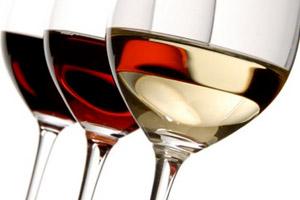 Най-много вино се пие в сряда вечер