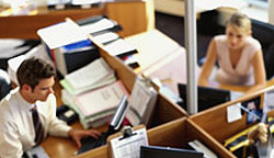 Топ 5 най-неприятните навици на колегите в офиса