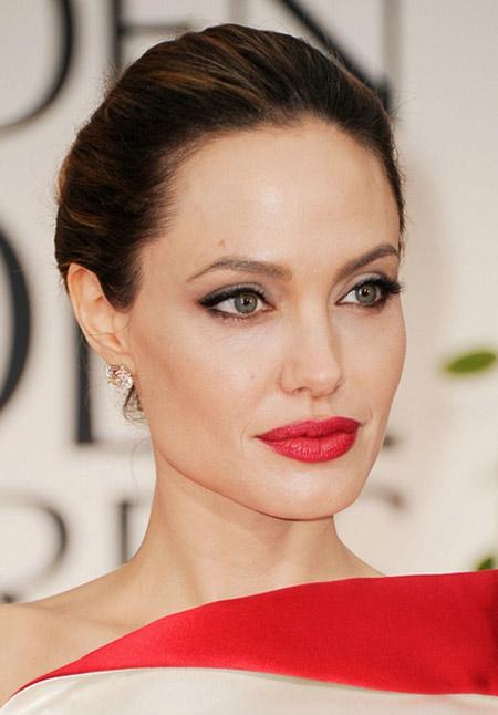 Холивудските звезди разкриват тайните си за здрава и красива кожа