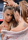 Кара Делевин е новото рекламно лице на модния гигант Chanel