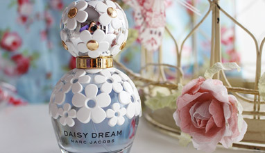 Marc Jacobs with a new version of Daisy Dream