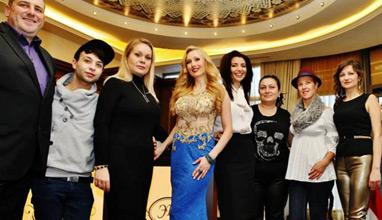Елена Караколева в празнични тоалети от Bridal Fashion
