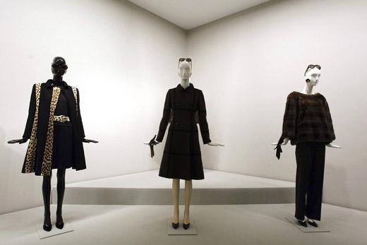 Ретроспективна изложба с дизайни на Юбер дьо Живанши в Испания