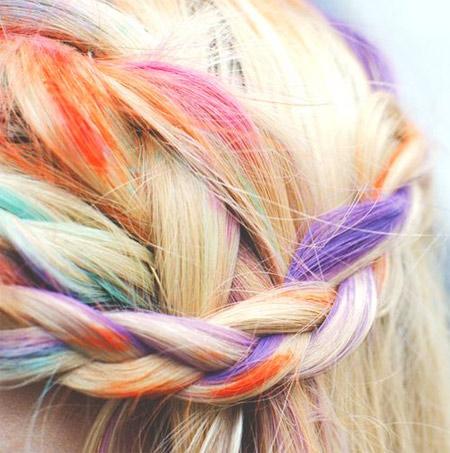 Топ тенденция за лято 2014: цвят в косите