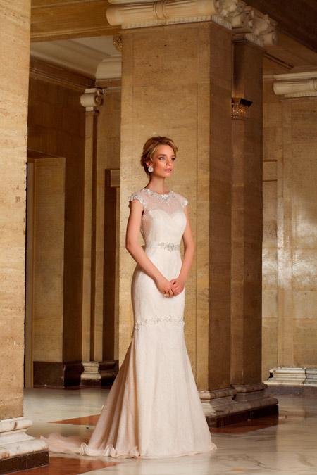 Ирена Милянкова – лице на холандска колекция от Bridal Fashion