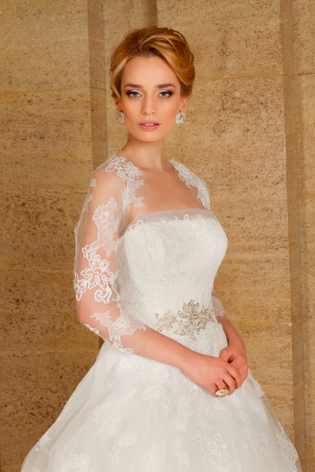 Ирена Милянкова – лице на холандска колекция от Bridal Fashion
