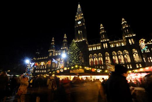 Коледа по света: Базарите във Виена