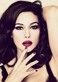 Моника Белучи е рекламно лице на новата колекция червила на Dolce & Gabbana