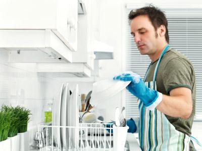 Мъже и домакинстване - как е по света?