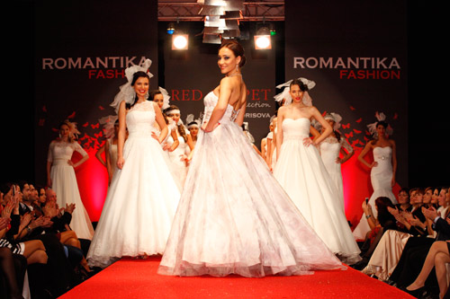 The last collection of the Bulgarian designer Sofia Borisova - RED CARPET