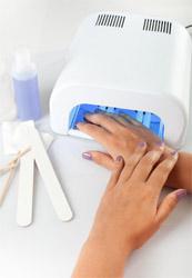 UV маникюрът може да причини рак на кожата