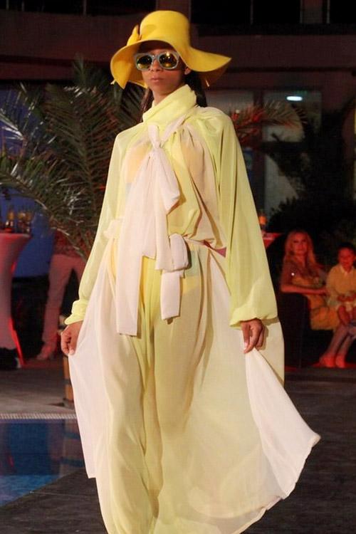 Летен коктейл от мода за Жълтото парти на Гери Дончева