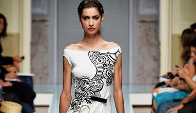Поп културата и Паолина Бонапарт са новите вдъхновения в колекция пролет-лято 2015 на известния италиански дизайнер Роко Бароко
