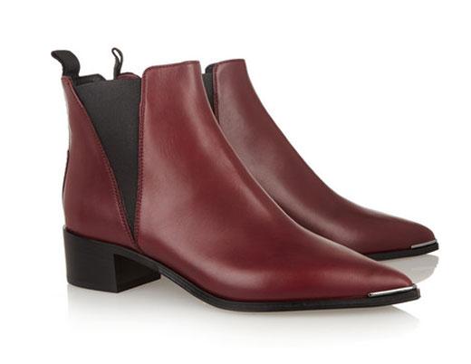 Виненочервеното е новият цвят при обувките