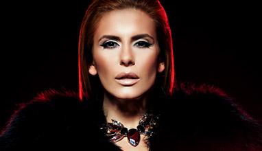 Анелия с фотосесия от модния фотограф Теди Грозданов