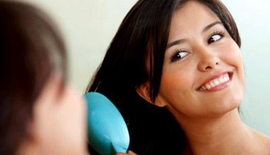 Лесни домашни рецепти за възстановяване на косата в края на лятото