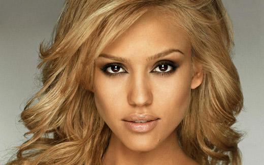 Тънкости в грима за блондинки
