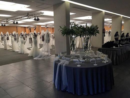 С настъпването на пролетта, световният лидер в булчинската мода Pronovias Fashion Group представи най-новата си колекция 2016 с модели на White One by Pronovias Fashion Group и St. Patrick
