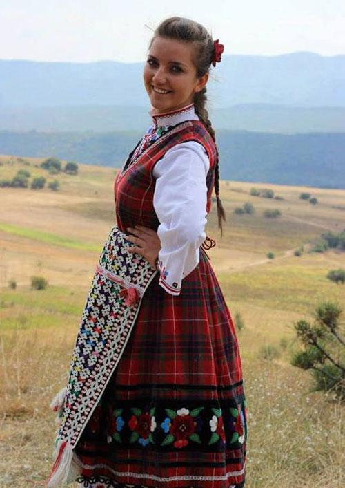 Разнообразието на българските носии
