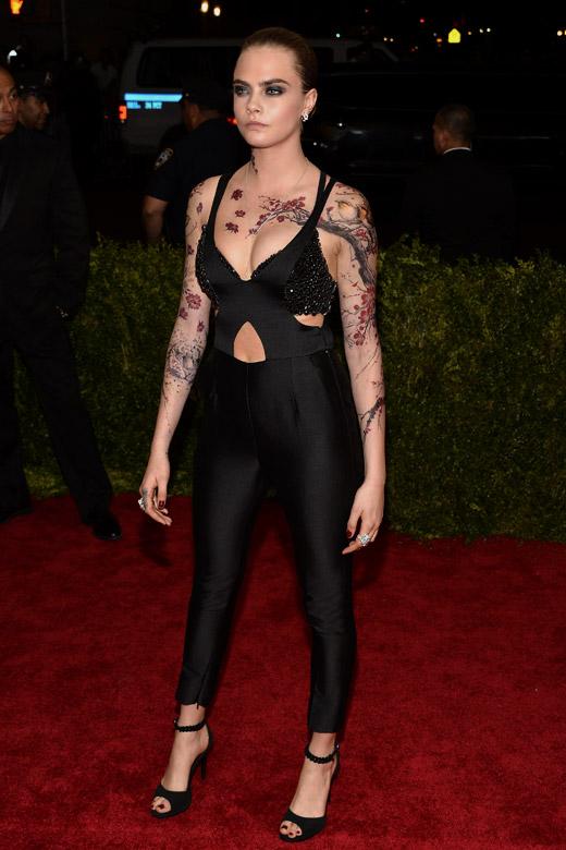 Кара Деливин: Татуировки, грим и прическа = 11 часа