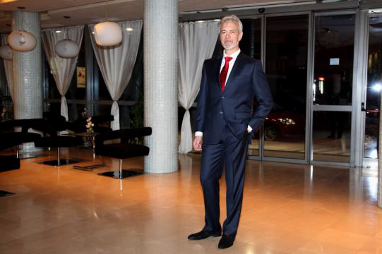 Gentleman's dress - Formal or Semi-formal
