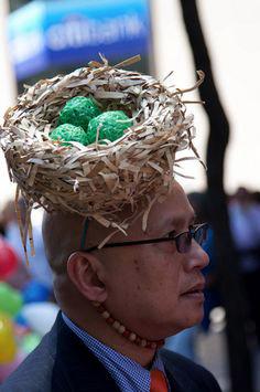 Цветна феерия и празнично настроение на ежегодния Парад на шапките в Ню Йорк