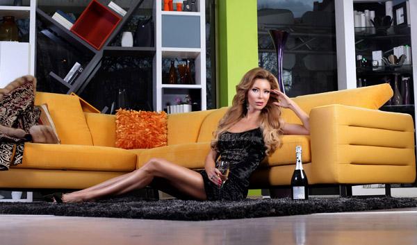Ирен Онтева във фотосесия за Мебели GAUTIER
