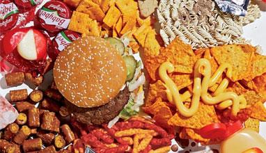 Нездравословната храна убива полезни бактерии