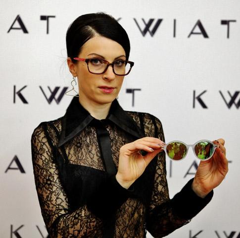 KWIAT и ARLET STARS показаха актуалните тенденции при очилата, грима и прическите за 2015