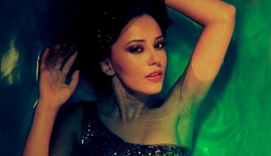 Марина Кискинова нагорещява страстите във Vogue Music Club