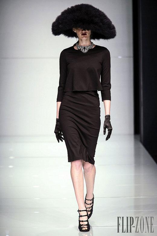 """Талантливият неаполетанец – маестро Роко Бароко представи """"носталгичен винтидж"""" 2015/16 на модната седмица в Милано"""