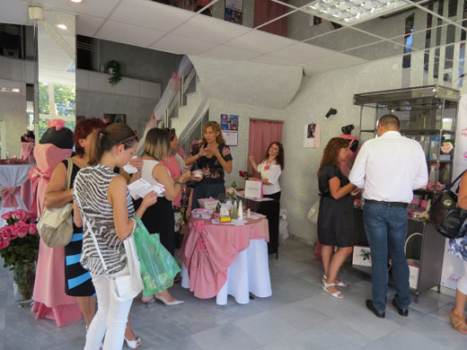 Продуктите на Rossana Labs със 100% натурално розово масло вече и в Русе
