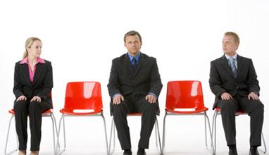Стоенето седнали - вредно колкото цигарите