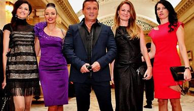 Две дами блеснаха на Бала на топмоделите в тоалети на топдизайнера София Борисова