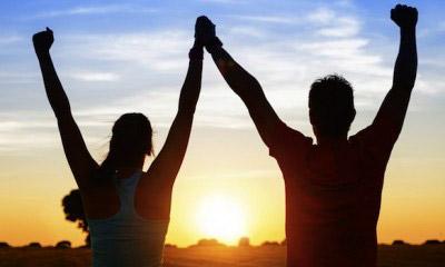За да влезете във форма бързо и лесно - тренирайте с любимия