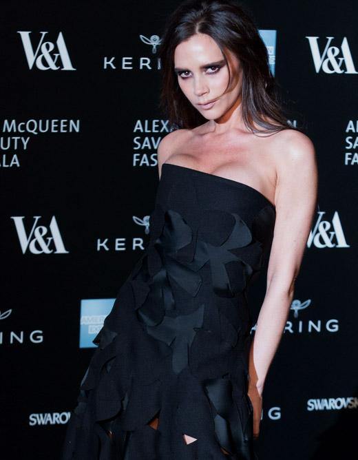 Виктория Бекъм с номинация за Най-добър дизайнер на дамска мода за 2015