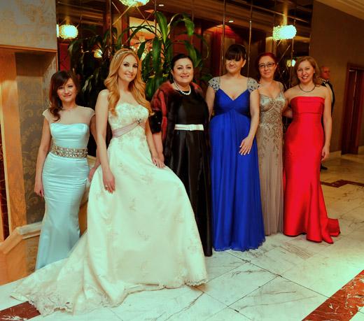 Тоалети от Bridal Fashion на 15-ия виенски бал в София