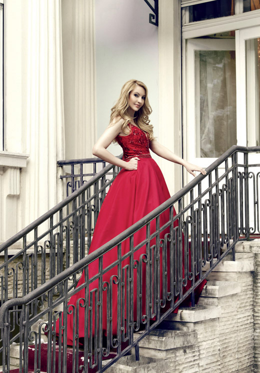 Йордана Димитрова - лице на Harper's Bazaar за Март