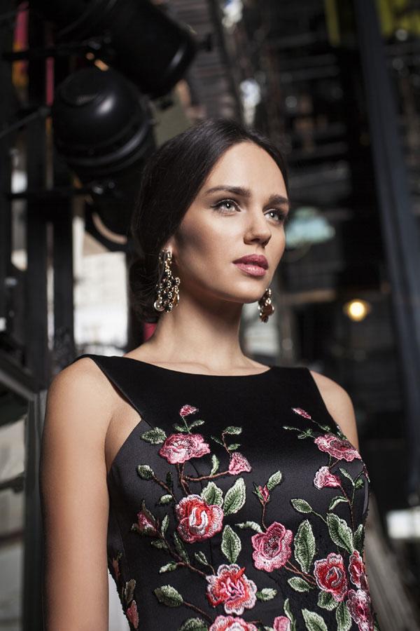 Насладете се на най-новата колекция официални рокли с марка ATELIER SPOSA