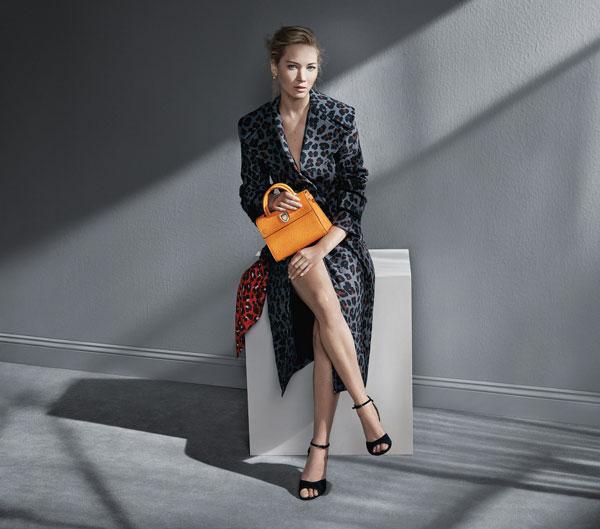 Dior отново избра Дженифър Лоурънс за рекламно лице на своите чанти