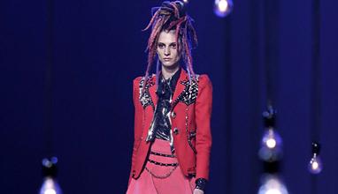 Марк Джейкъбс закри Седмицата на модата в Ню Йорк със смела и оригинална колекция