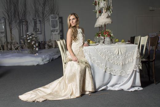 Модният блогър Мариета Зайкова в сватбени тоалети от Bridal Fashion
