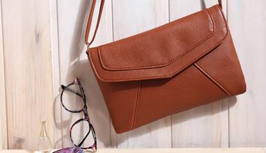Актуални и ефектни дамски чанти от NovaChanta.com
