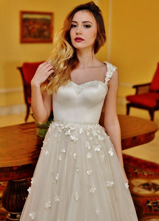 Марина Кискинова - булка за един ден в рокля на Paloma Fashion