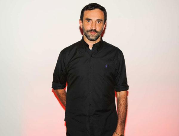 Креативният директор на Givenchy напуска поста си