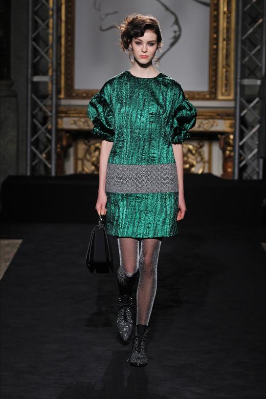Roccobarocco представи Androgynous Glamour 2016/17 на модната седмица в Милано