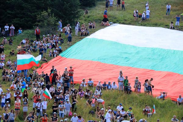 Трибагреникът на Рожен 2016 ще се превърне в хиляди знамена