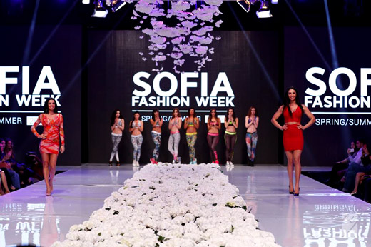 Евгения Живкова откри втория ден на Sofia Fashion Week 2016