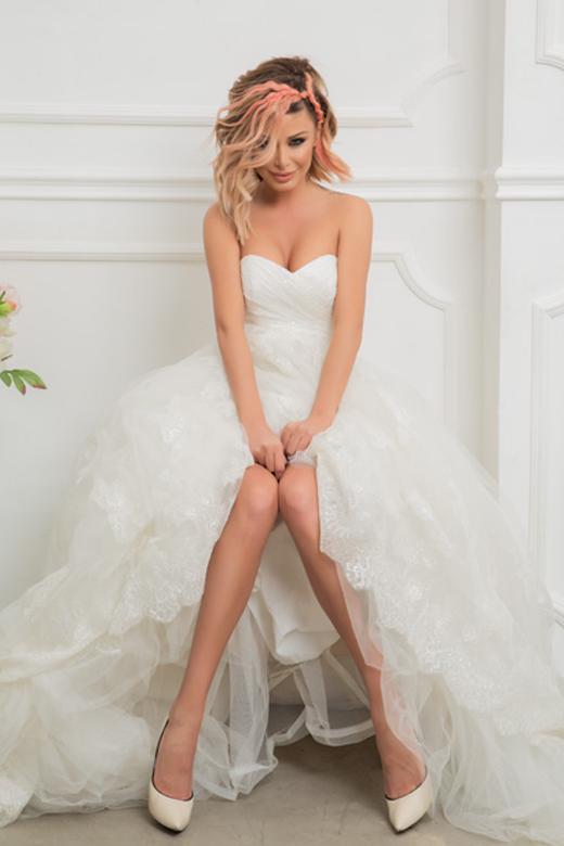 Светлана Василева с невероятна сватбена фотосесия за новия брой на Сватбен Каталог